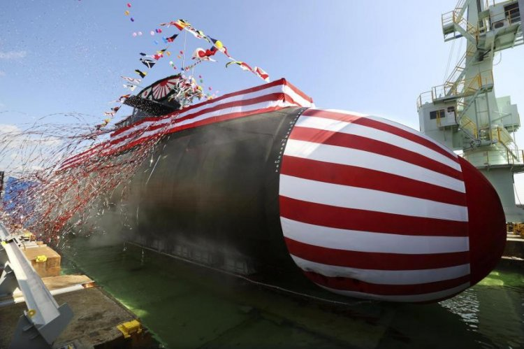 "Japan Just Launched Its First ""Big Whale"" Lithium-Ion Battery Powered Submarine"
